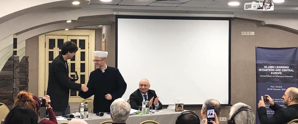 Михаил Якубович награжден медалью «За служение Исламу и Украине»