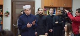 Дніпровський імам знявся в ролику «Говоримо українською»